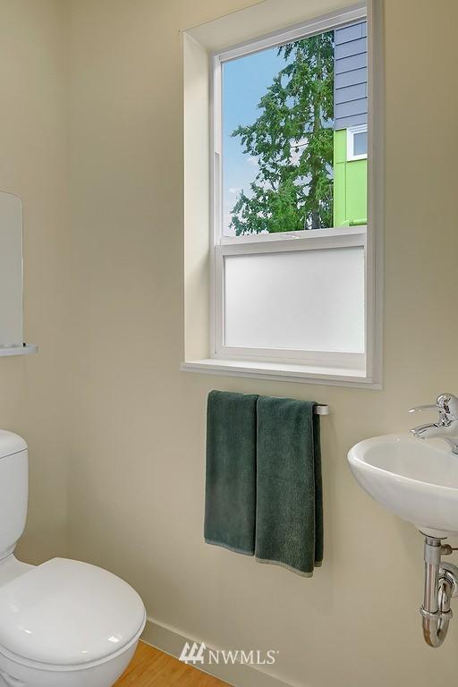 Sold Property | 1523 19th Avenue #B Seattle, WA 98122 9