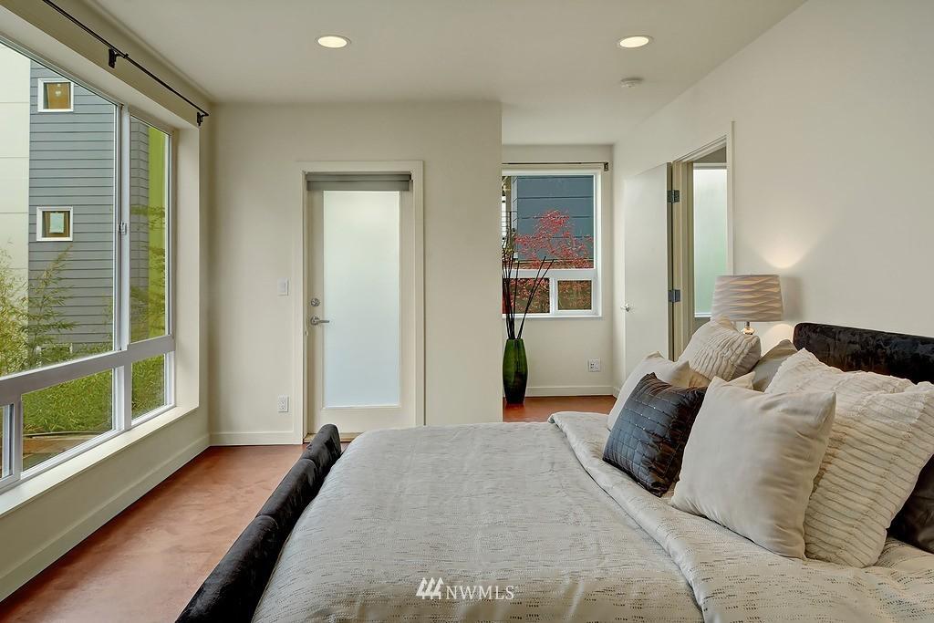 Sold Property | 1523 19th Avenue #B Seattle, WA 98122 10