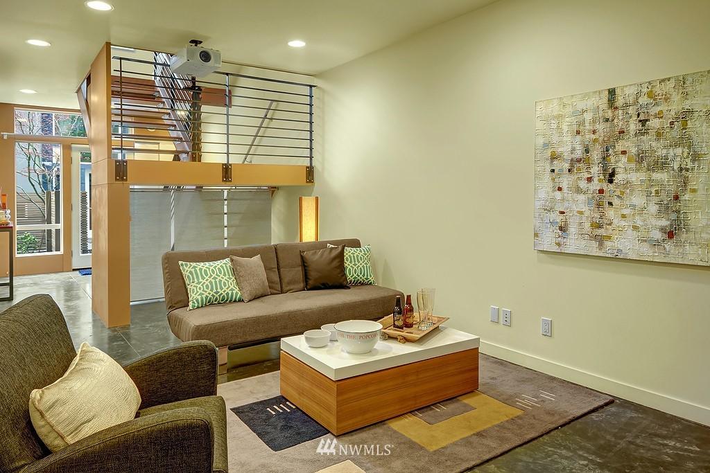 Sold Property | 1523 19th Avenue #B Seattle, WA 98122 12