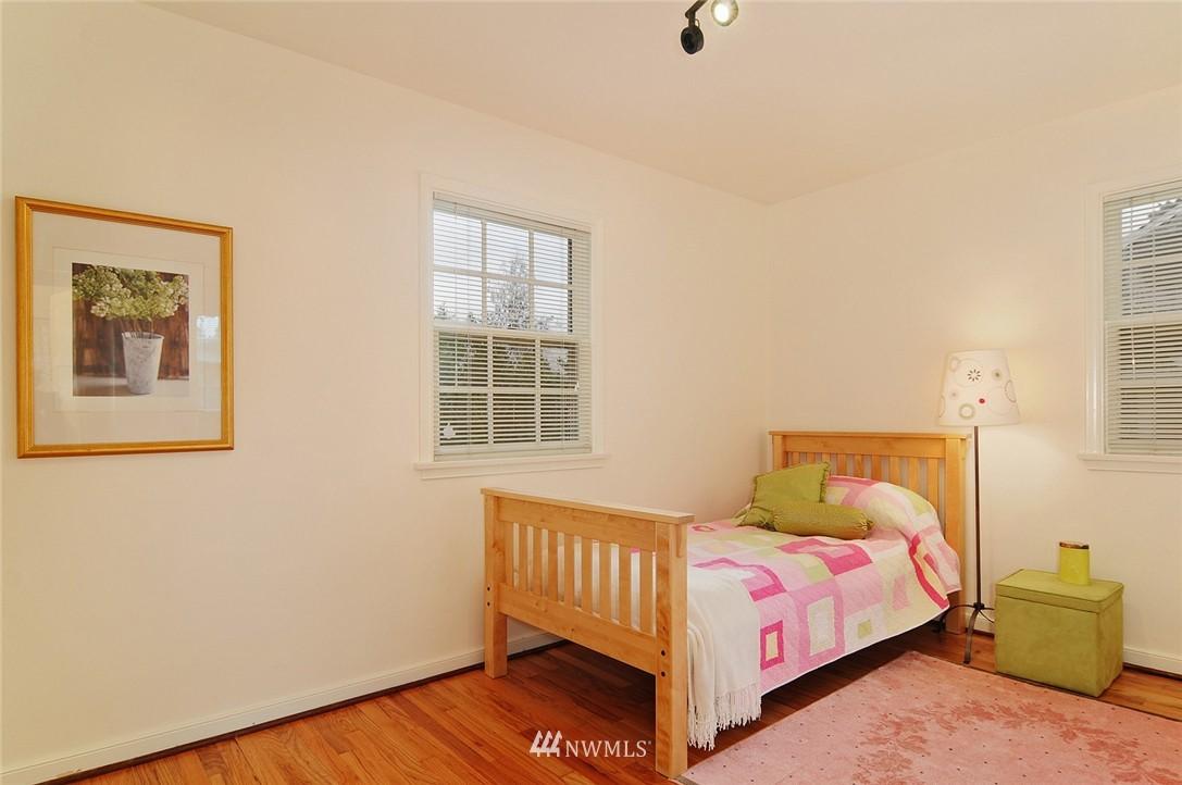 Sold Property   3137 NE 81st Street Seattle, WA 98115 11