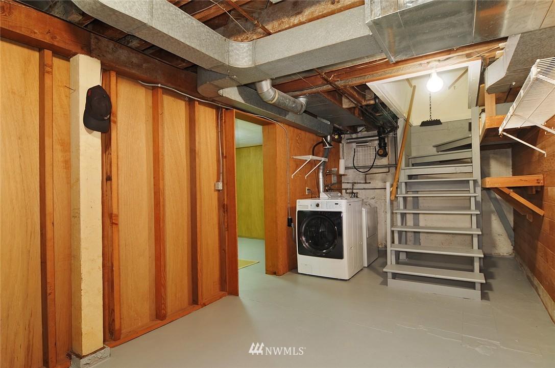 Sold Property   3137 NE 81st Street Seattle, WA 98115 13