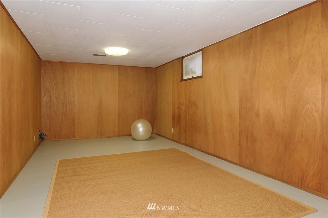 Sold Property   3137 NE 81st Street Seattle, WA 98115 14