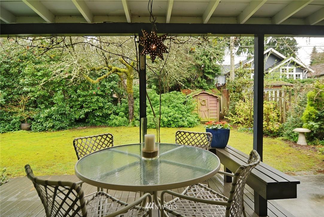 Sold Property   3137 NE 81st Street Seattle, WA 98115 16