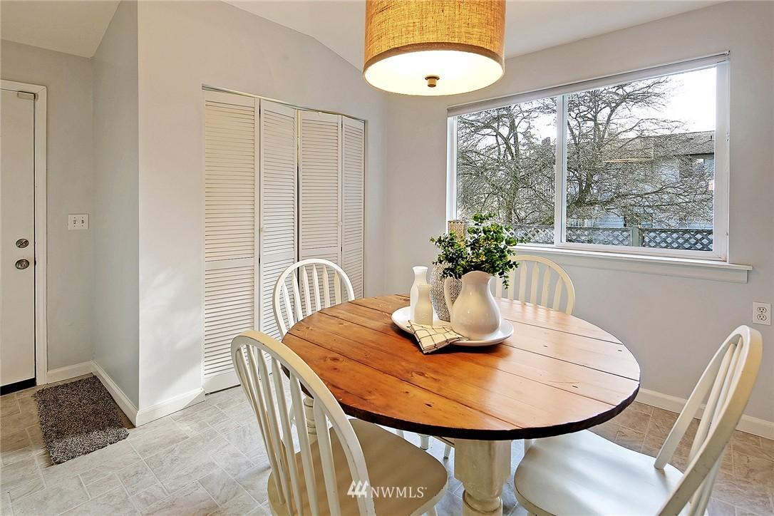 Sold Property | 915 N 92nd Street Seattle, WA 98103 7