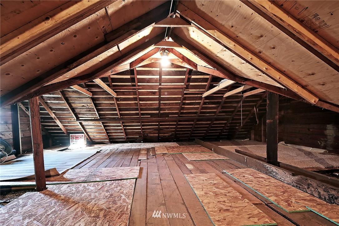 Sold Property | 915 N 92nd Street Seattle, WA 98103 9