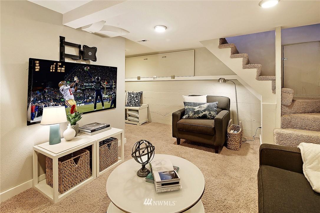 Sold Property | 915 N 92nd Street Seattle, WA 98103 12