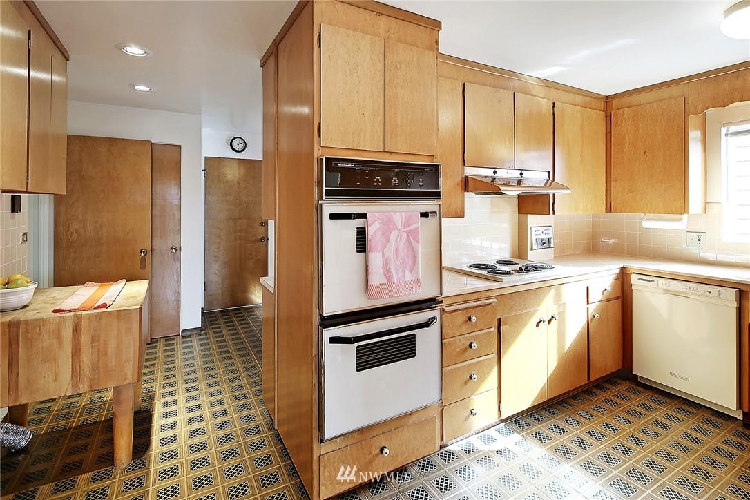 Sold Property | 7745 29th Avenue NE Seattle, WA 98115 8