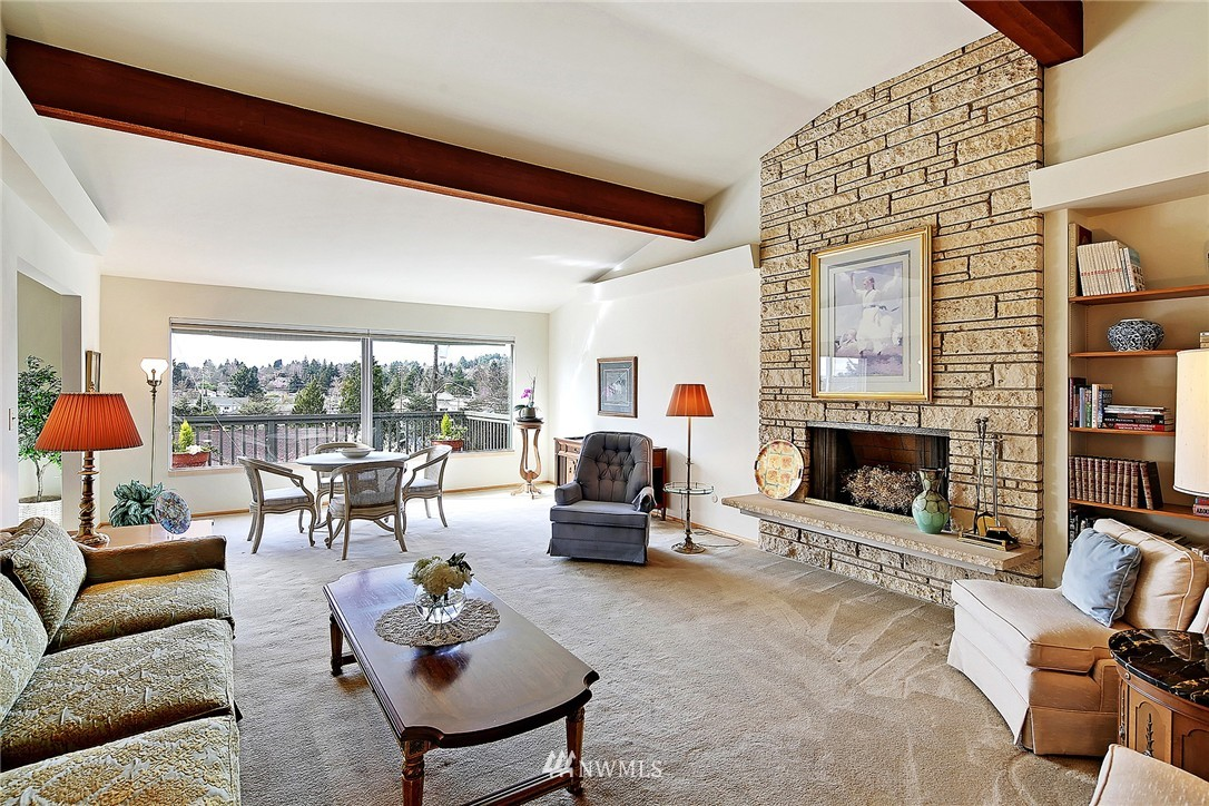Sold Property | 7745 29th Avenue NE Seattle, WA 98115 4