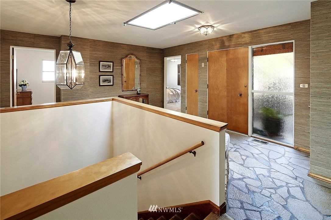 Sold Property | 7745 29th Avenue NE Seattle, WA 98115 2