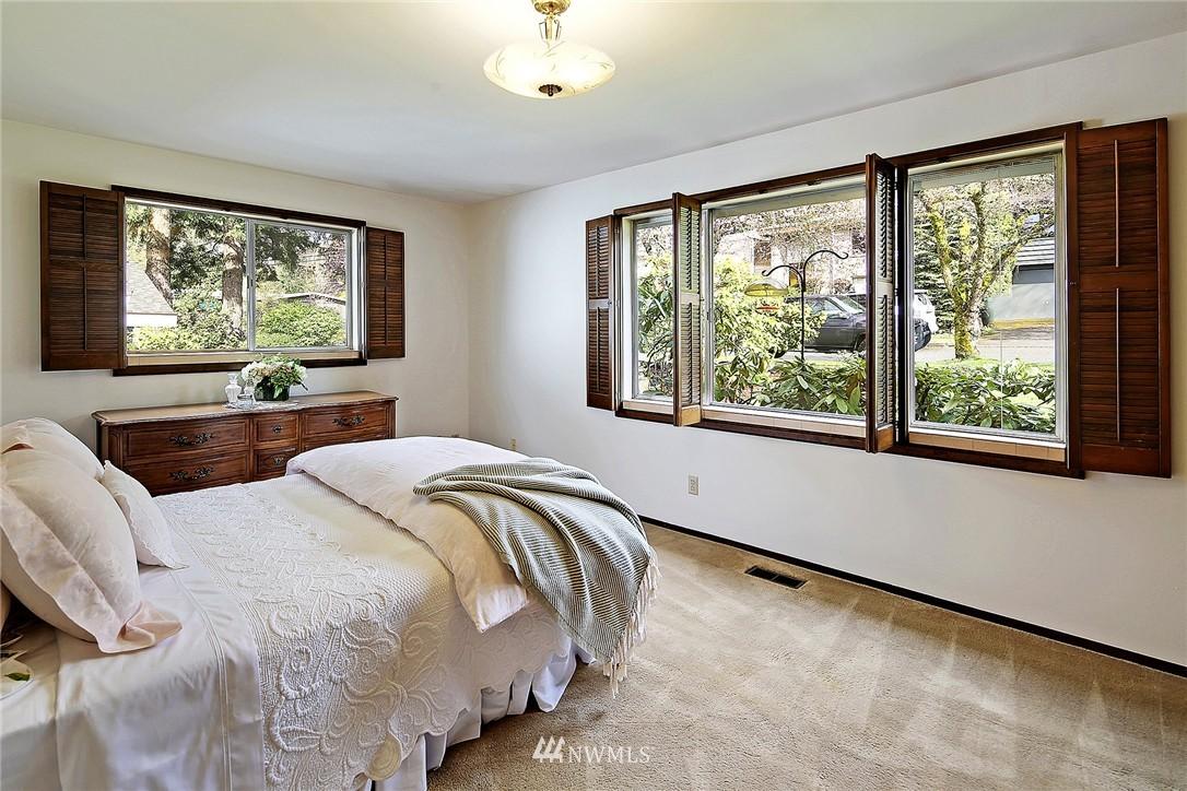 Sold Property | 7745 29th Avenue NE Seattle, WA 98115 12
