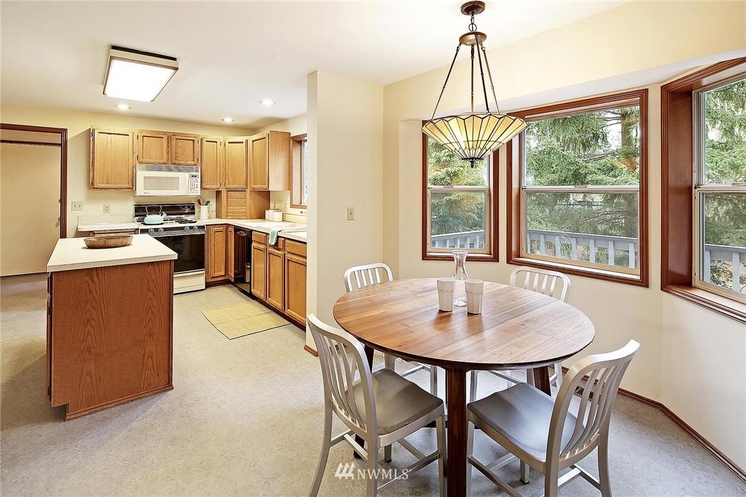 Sold Property | 9720 116th Avenue NE Kirkland, WA 98033 3