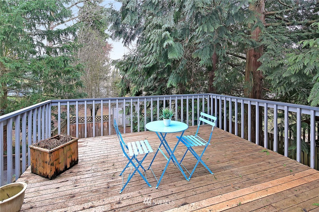 Sold Property | 9720 116th Avenue NE Kirkland, WA 98033 6