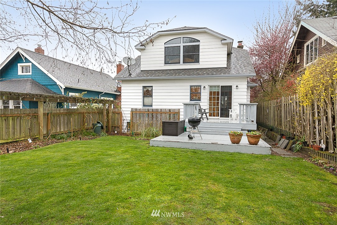Sold Property | 125 NW 74th Street Seattle, WA 98117 22