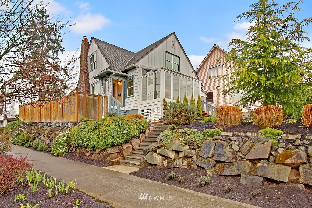 Sold Property | 218 NW 73rd Street Seattle, WA 98117 0