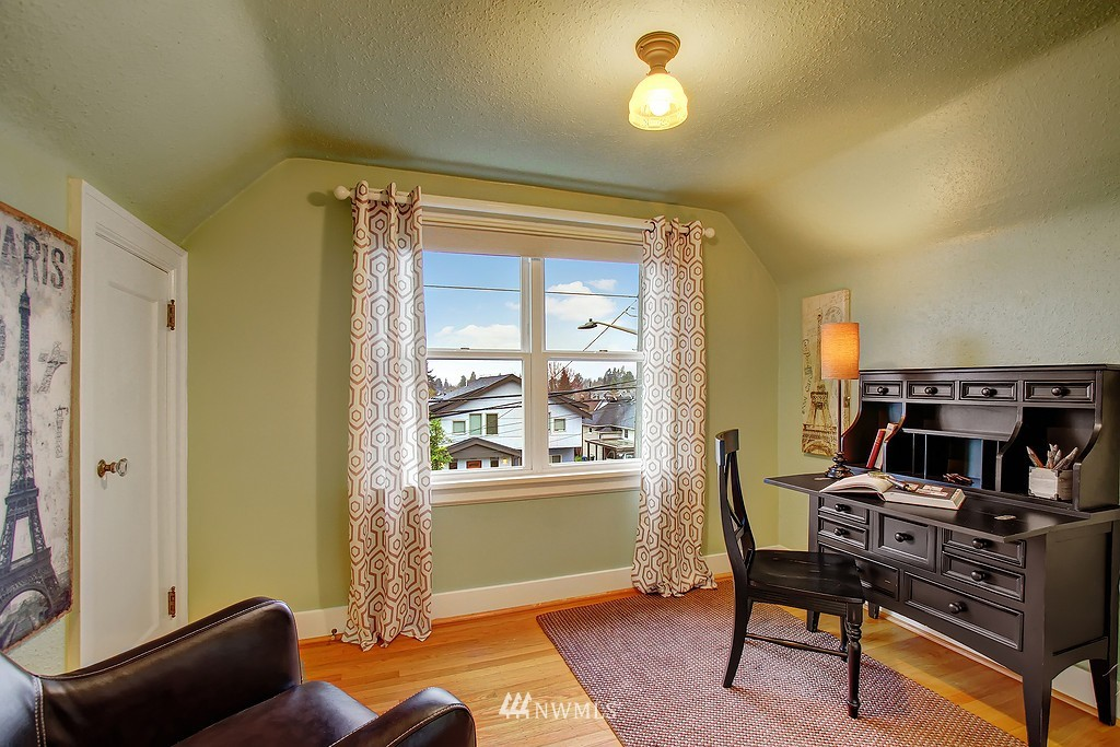 Sold Property | 218 NW 73rd Street Seattle, WA 98117 12