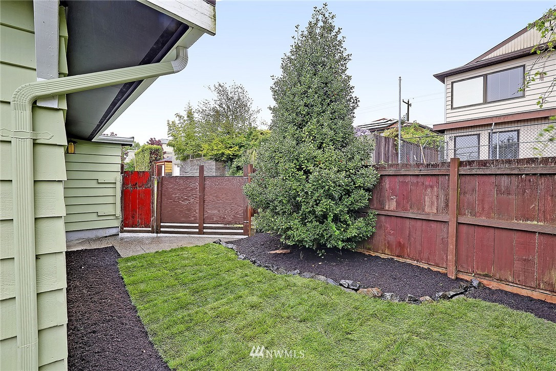 Sold Property | 8064 26th Avenue NW Seattle, WA 98117 21