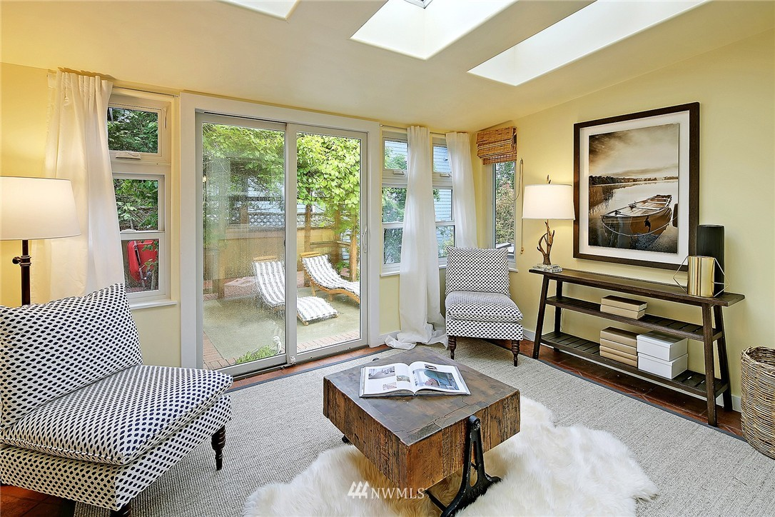Sold Property | 8064 26th Avenue NW Seattle, WA 98117 10