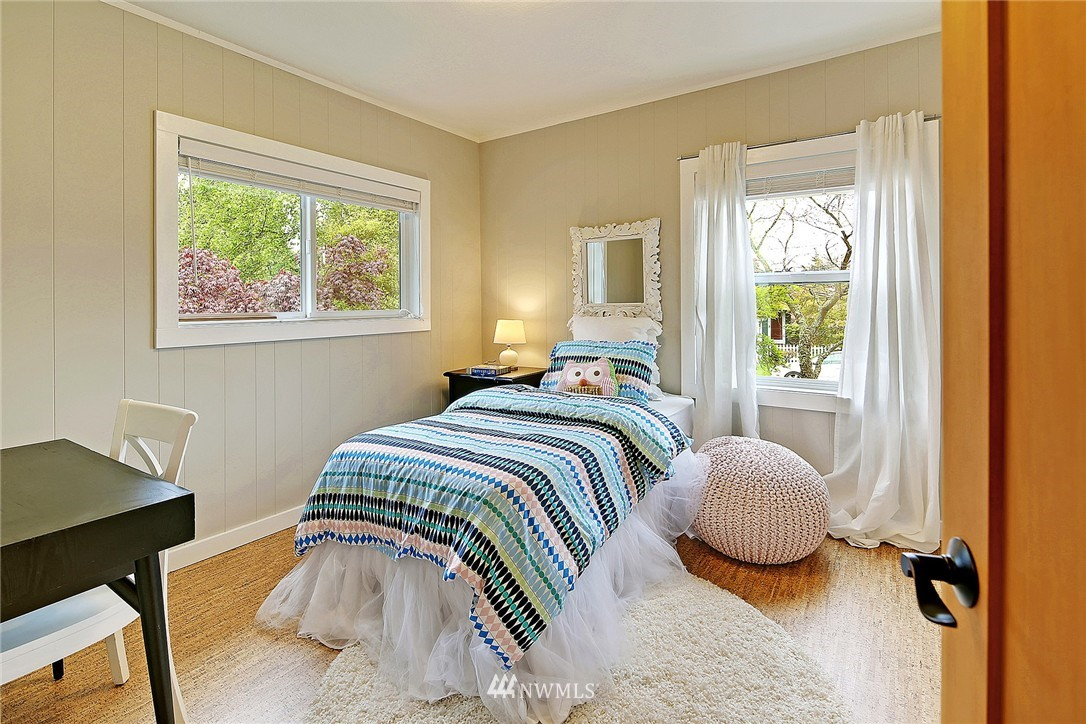 Sold Property | 8064 26th Avenue NW Seattle, WA 98117 16