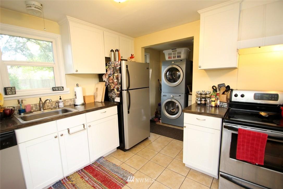 Sold Property   710 N 97th Street Seattle, WA 98103 4