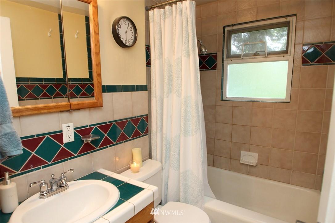 Sold Property   710 N 97th Street Seattle, WA 98103 7