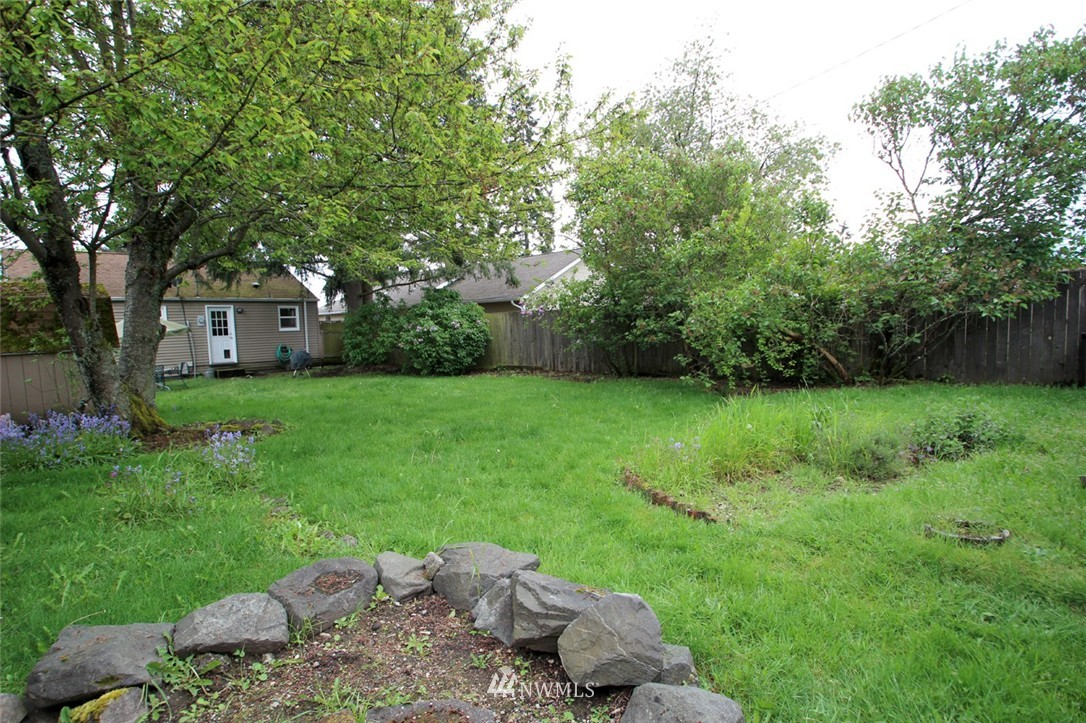 Sold Property   710 N 97th Street Seattle, WA 98103 9