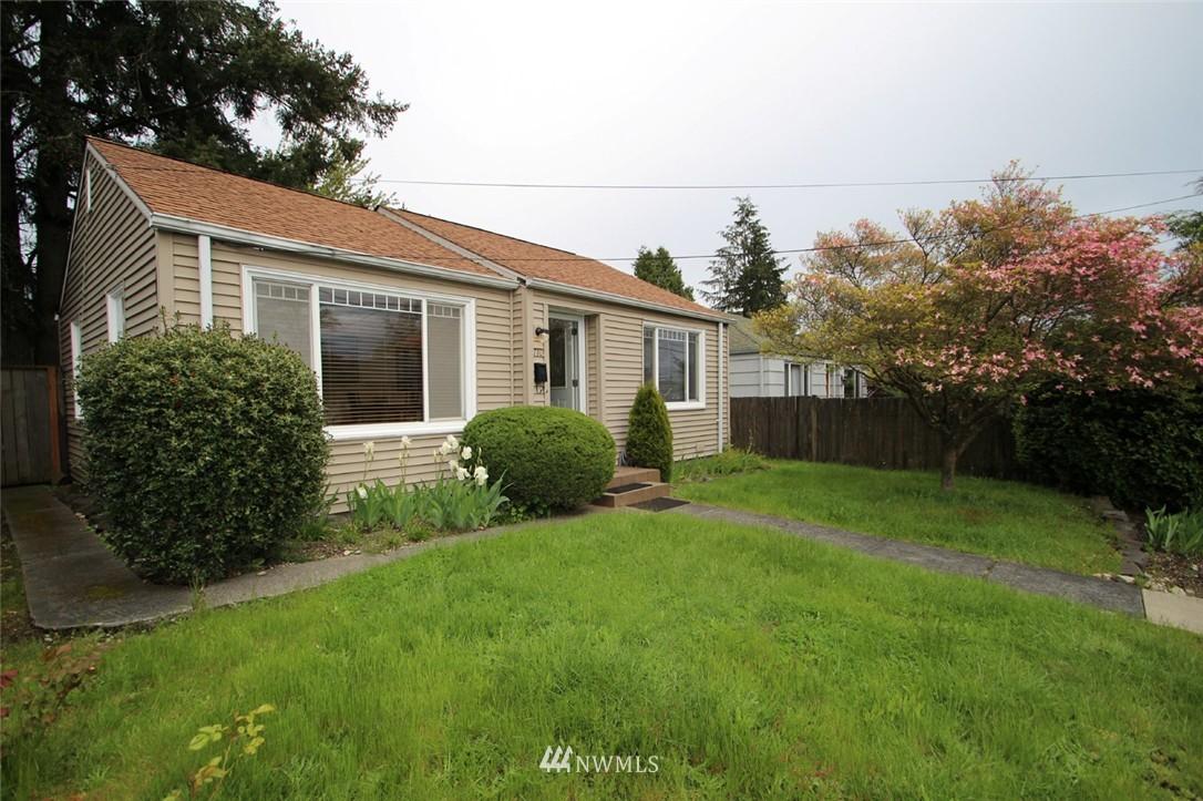 Sold Property   710 N 97th Street Seattle, WA 98103 10