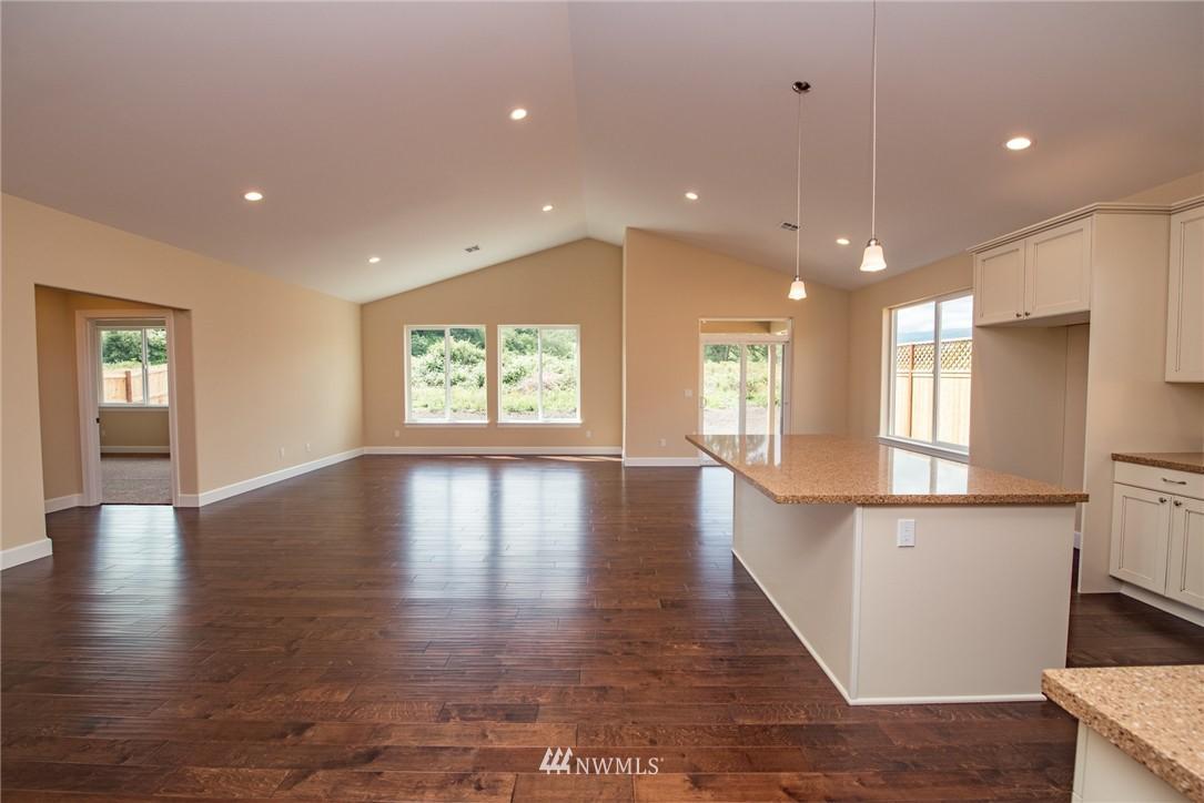 Sold Property | 61 Jara Way Sequim, WA 98382 5