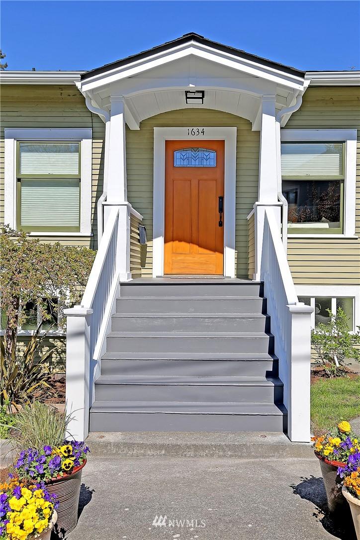 Sold Property | 1634 N 53rd Street Seattle, WA 98103 1