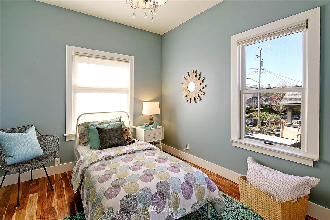 Sold Property | 1634 N 53rd Street Seattle, WA 98103 9