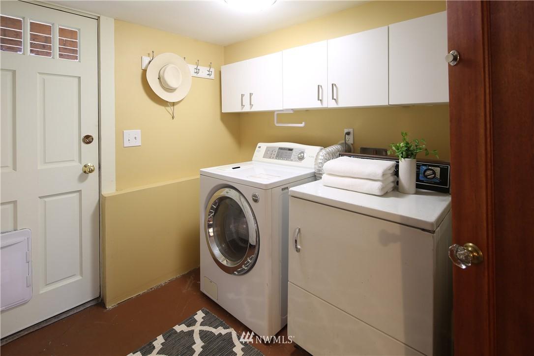 Sold Property | 1634 N 53rd Street Seattle, WA 98103 16