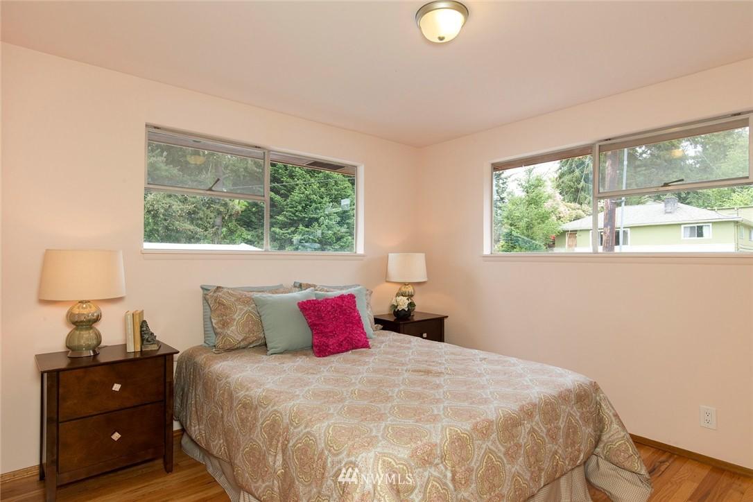 Sold Property | 3816 NE 91st Street Seattle, WA 98115 8