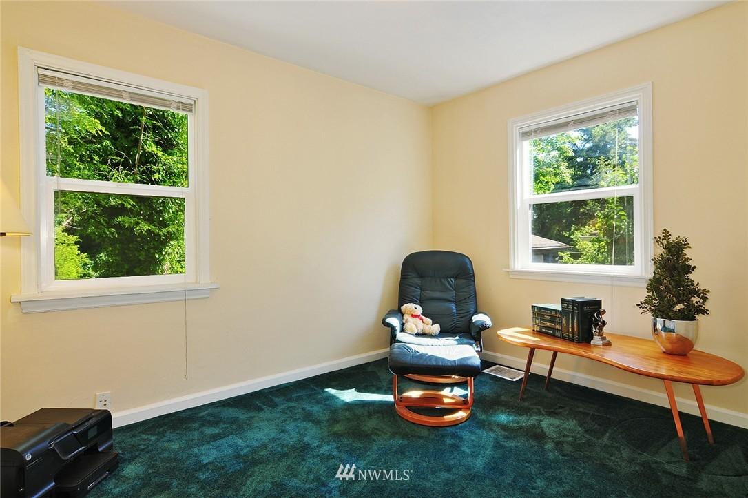 Sold Property | 2506 NE 120th Street Seattle, WA 98125 11