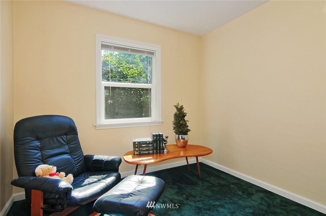 Sold Property | 2506 NE 120th Street Seattle, WA 98125 12