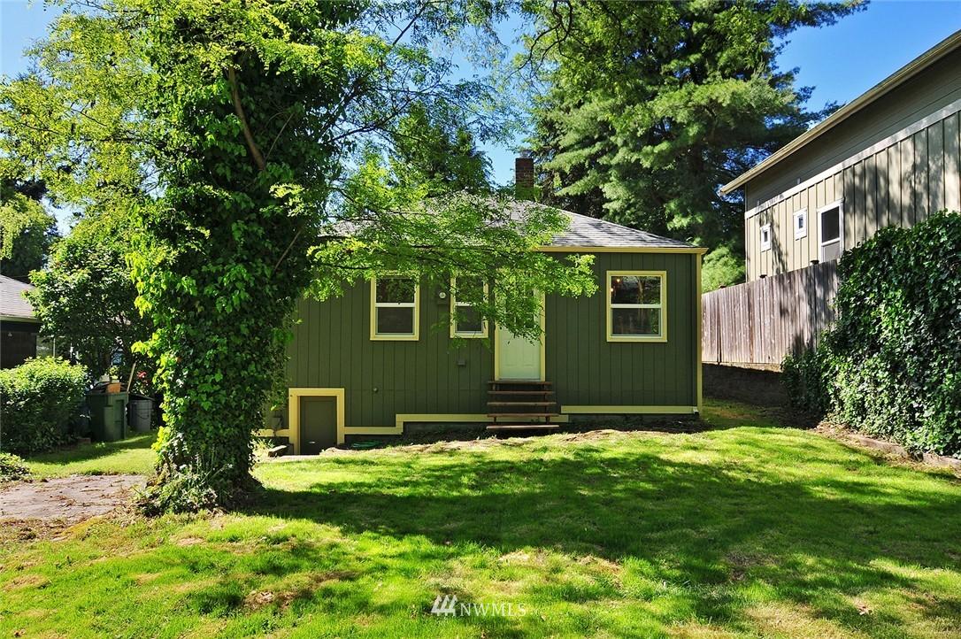 Sold Property | 2506 NE 120th Street Seattle, WA 98125 15