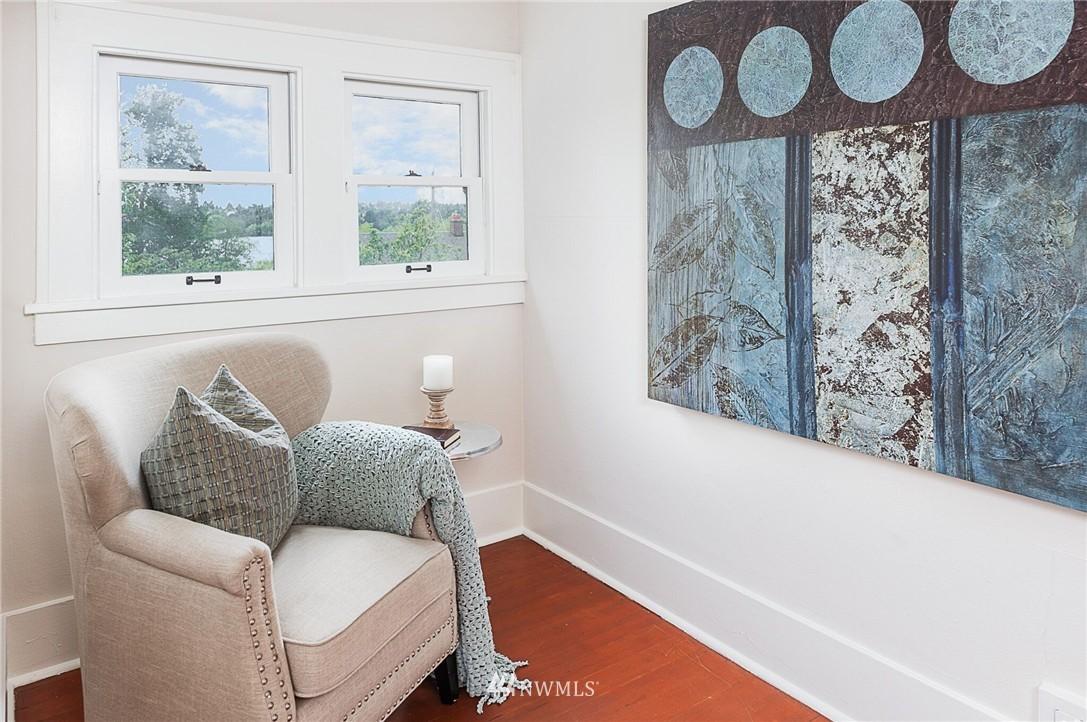 Sold Property   6225 Woodlawn Avenue N Seattle, WA 98103 15