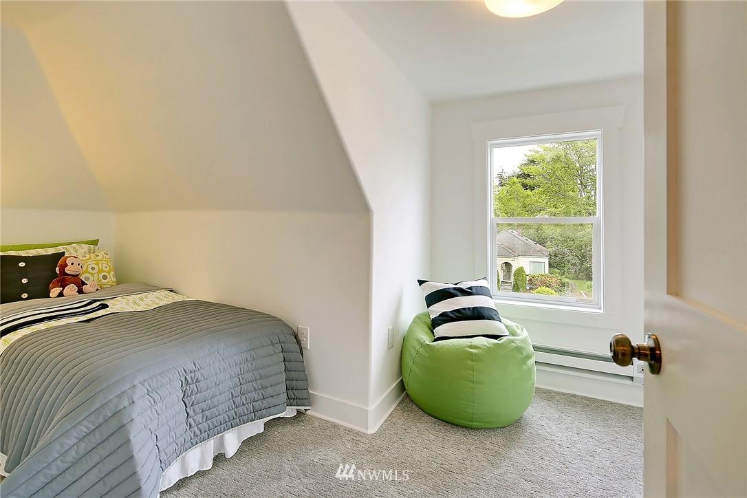 Sold Property | 8701 Corliss Avenue N Seattle, WA 98103 21