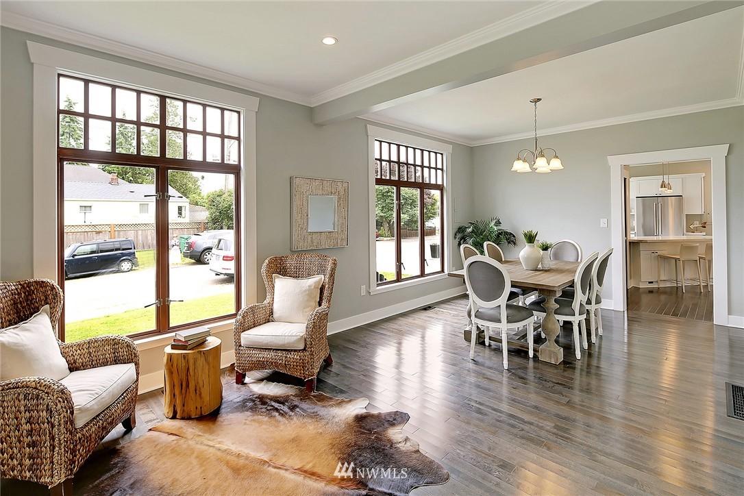Sold Property | 8701 Corliss Avenue N Seattle, WA 98103 11