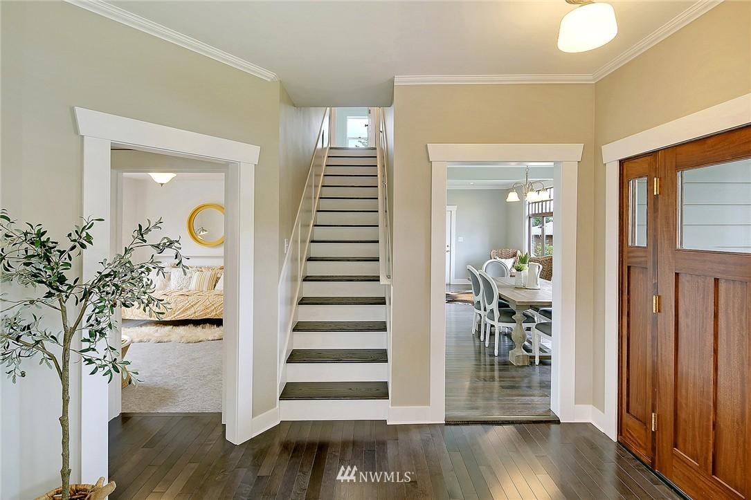 Sold Property | 8701 Corliss Avenue N Seattle, WA 98103 3