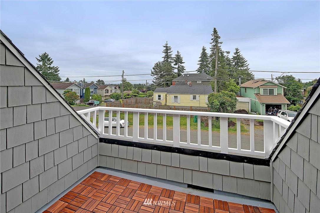 Sold Property | 8701 Corliss Avenue N Seattle, WA 98103 17