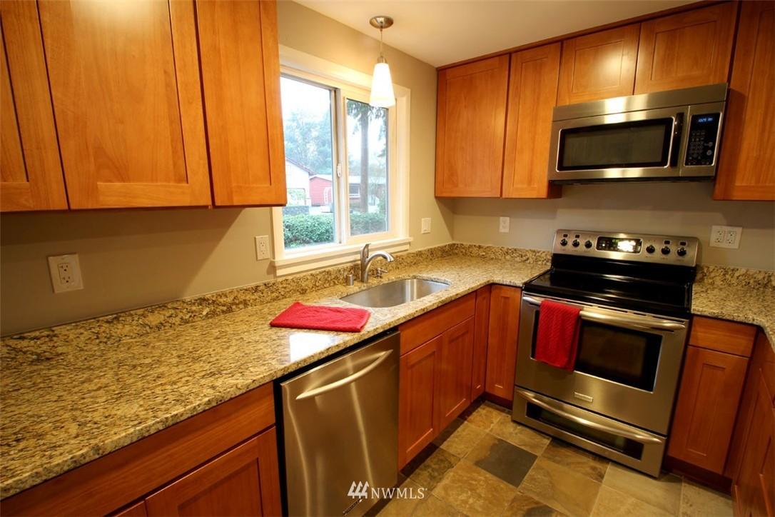Sold Property | 2127 N 158th Street Shoreline, WA 98133 3
