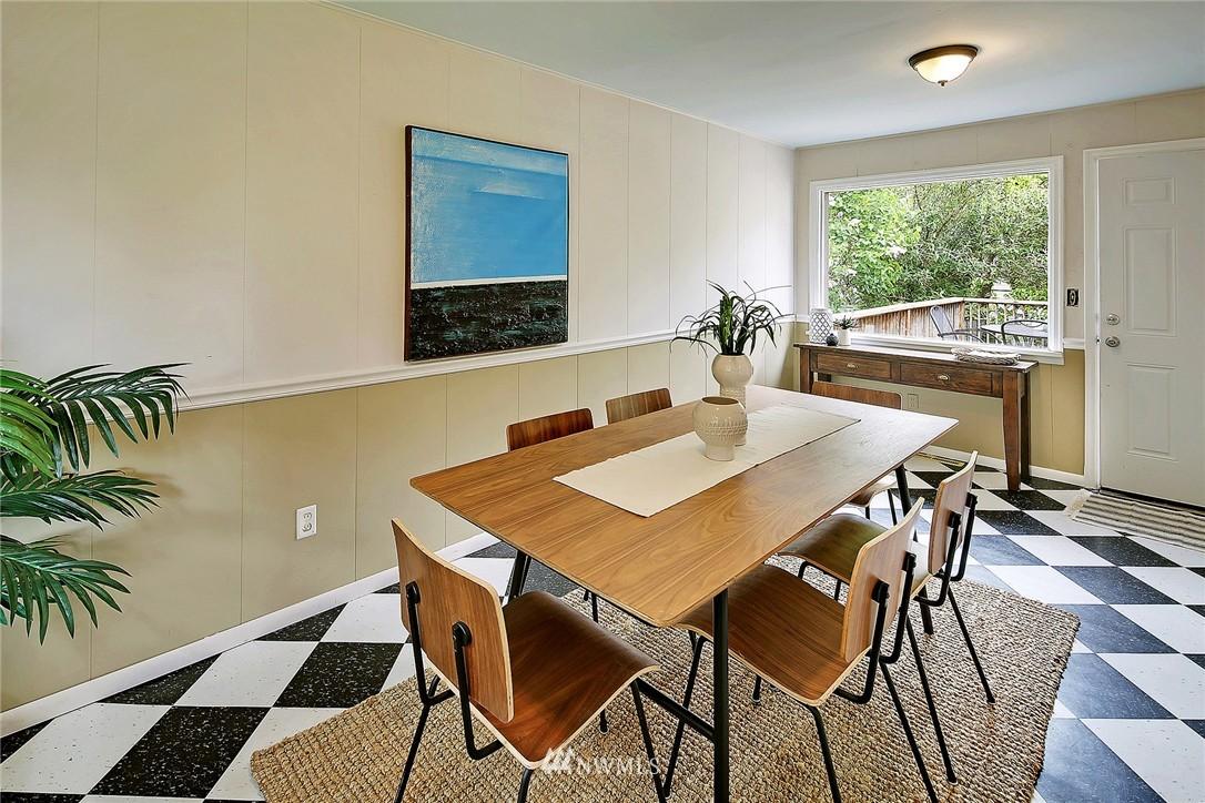 Sold Property   9020 32nd Avenue SW Seattle, WA 98126 6