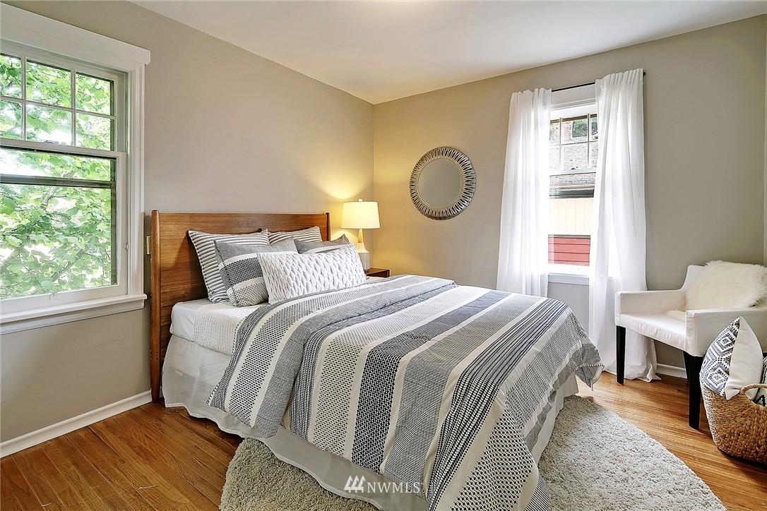 Sold Property   9020 32nd Avenue SW Seattle, WA 98126 7