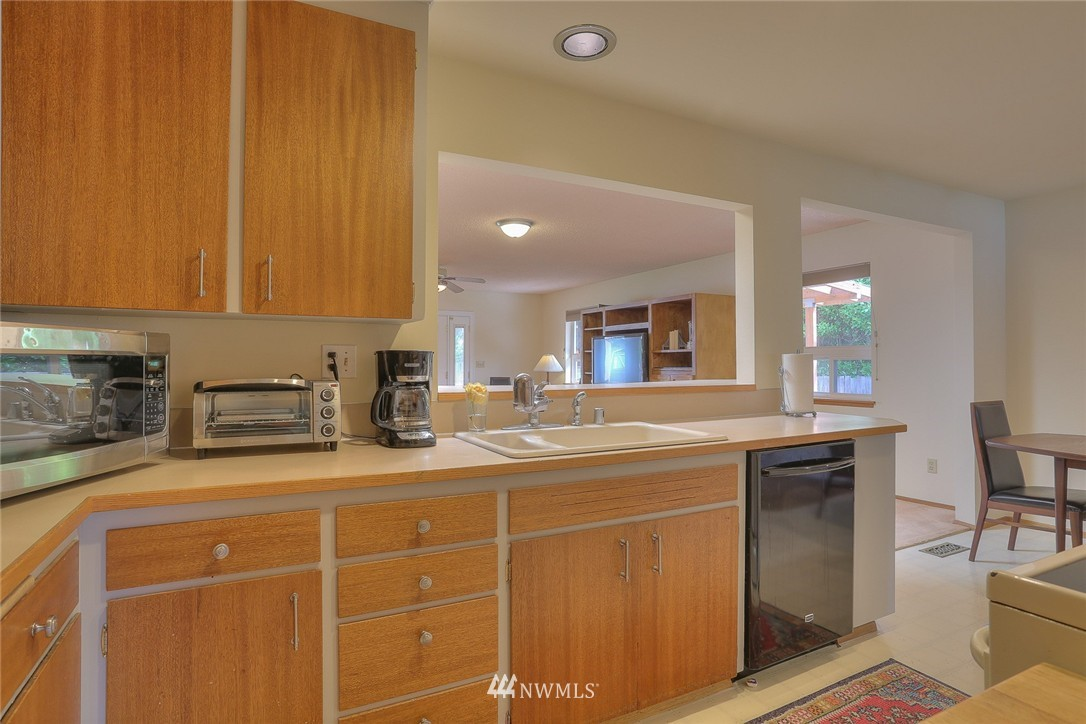 Sold Property | 5707 178th Street SW Lynnwood, WA 98037 4