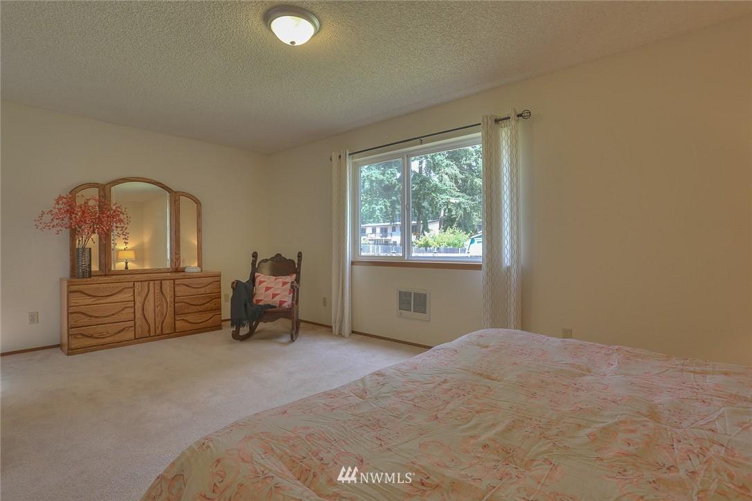 Sold Property | 5707 178th Street SW Lynnwood, WA 98037 8