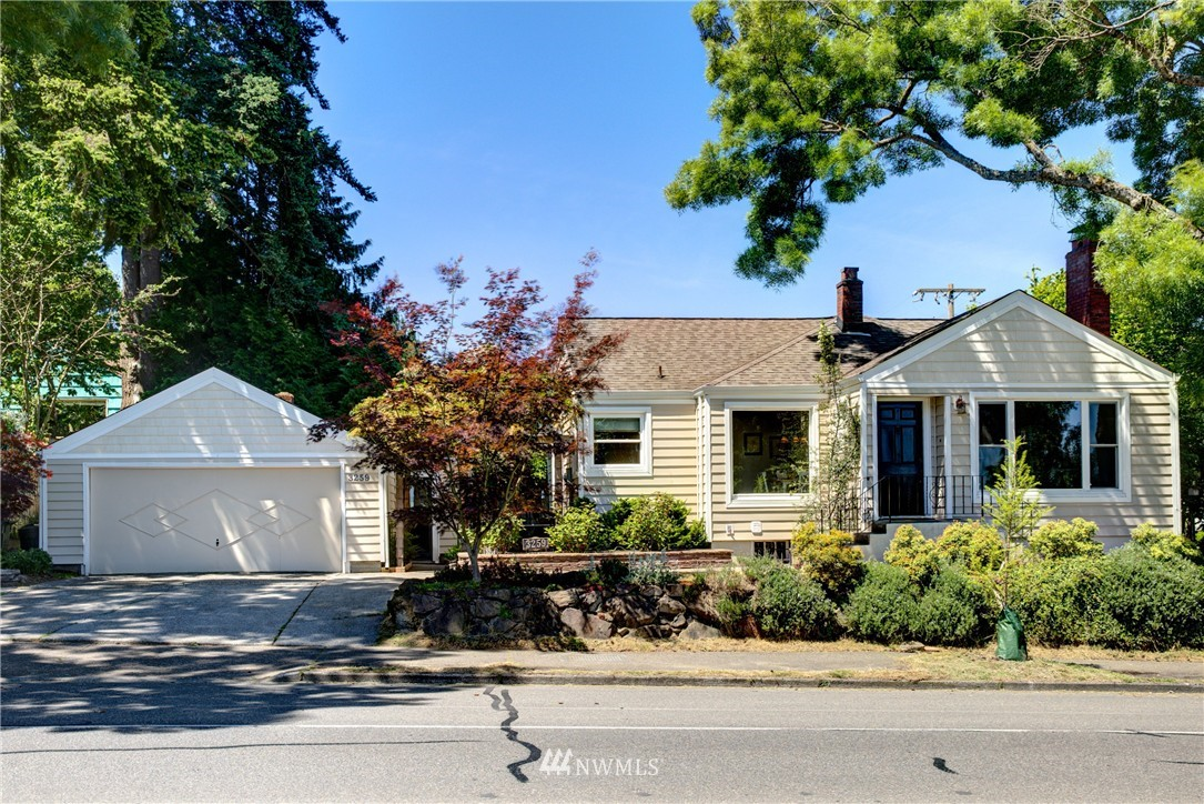 Sold Property | 3259 NE 98th Street Seattle, WA 98115 1