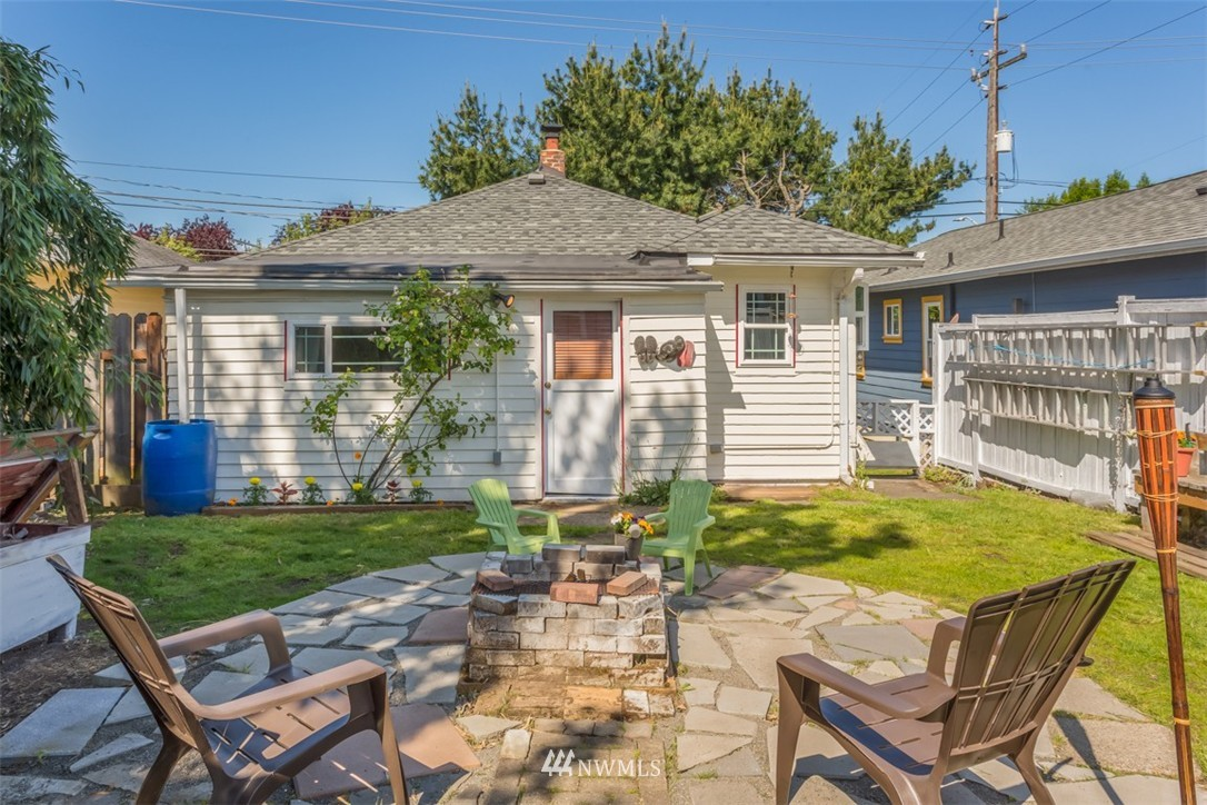 Sold Property   4514 6th Avenue NW Seattle, WA 98107 4