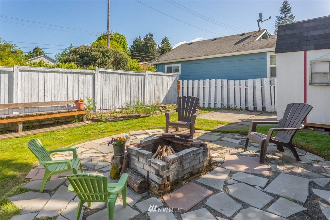 Sold Property   4514 6th Avenue NW Seattle, WA 98107 14