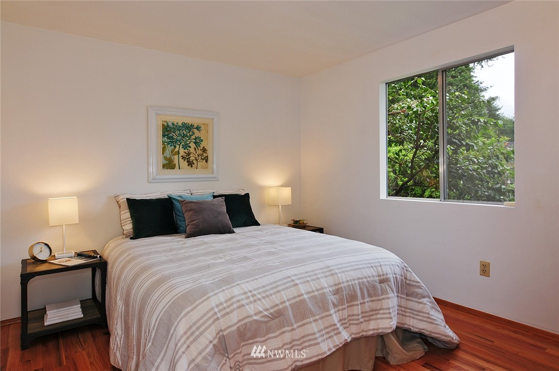 Sold Property | 2038 139th Place SE Bellevue, WA 98005 11