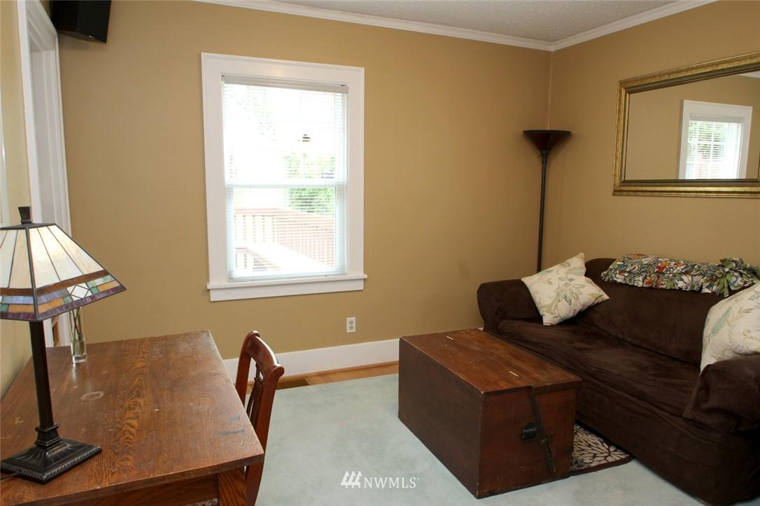 Sold Property | 6230 25th Avenue NE Seattle, WA 98115 11