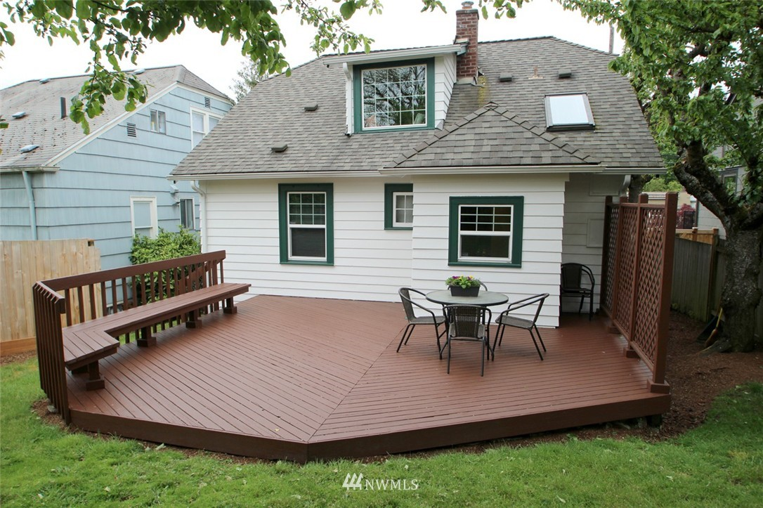 Sold Property | 6230 25th Avenue NE Seattle, WA 98115 16